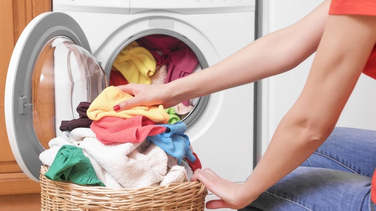 Você sabia que existem vários tipos de tecidos e o jeito certo de lavá-los?